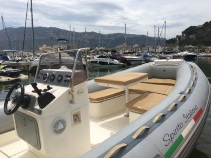 Rental RIB Valiant Cruiser 750 Dénia