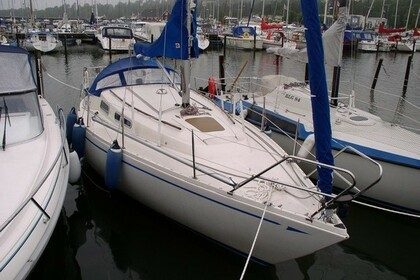 Hire Sailboat Comfort 30 Vaxholm