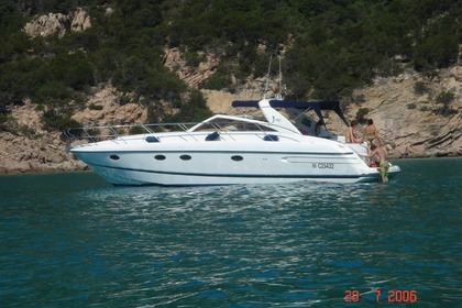 Rental Motorboat PRINCESS V42 Sainte-Maxime