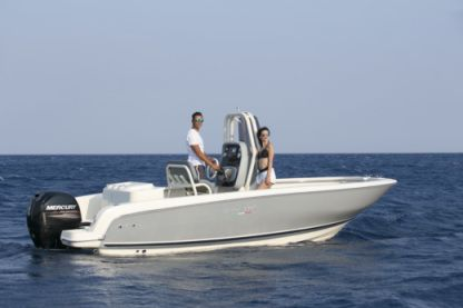 Rental Motorboat Invictus 200 Hx Saint-Pierre-d'Oléron