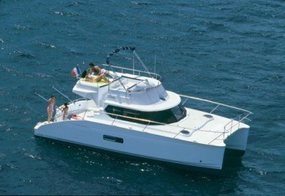 Charter Motor yacht Fontain Pajot Highland 35 Faro