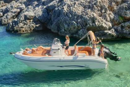 Hire Motorboat Ranieri Shadow 23 Planos