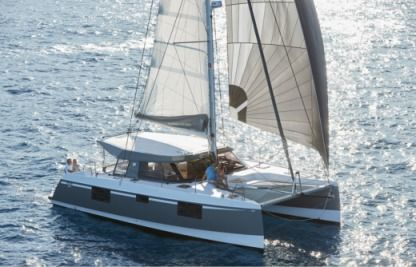 Location Catamaran Nautitech Open 40 Sari-Solenzara