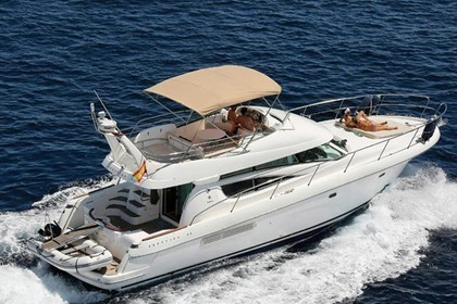 Verhuur Motorboot JEANNEAU Prestige 46 Fly Bridge Sorrento