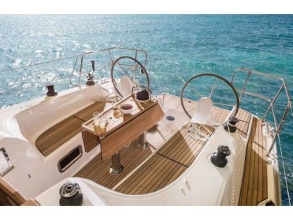 Charter Sailboat Bavaria Cruiser 34 Lefkada