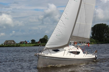 Rental Sailboat Maxus 24 Grou