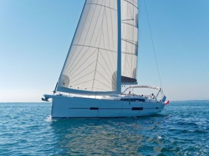 Rental Sailboat Dufour 512 Cogolin