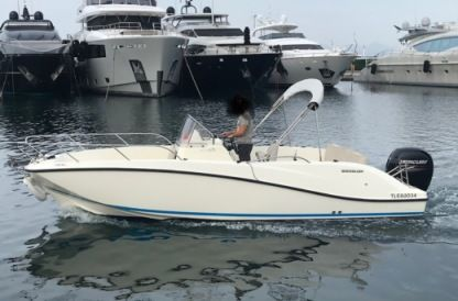 Rental Motorboat Quicksilver Activ 675 Juan les Pins