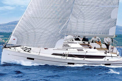 Hire Sailboat Bavaria Bavaria Cruiser 41S Pirovac