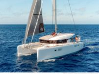 Catamaran Lagoon 390 for hire