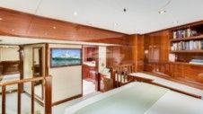 Rental Motor yacht Broward Custom 110 Marsh Harbour