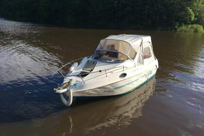 Hire Motorboat Saver Manta 620 cabine Viaduc de Garabit