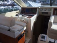 Motorboat Ferreti 430 for rental
