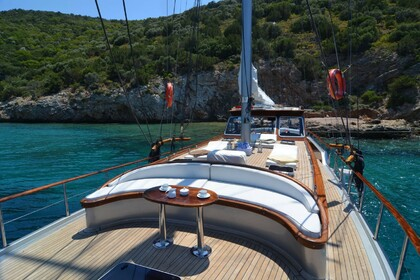 Hire Sailboat Custom Made Cosh Bodrum