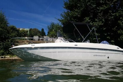 Hire Motorboat Bayliner CC6 Conflans-Sainte-Honorine