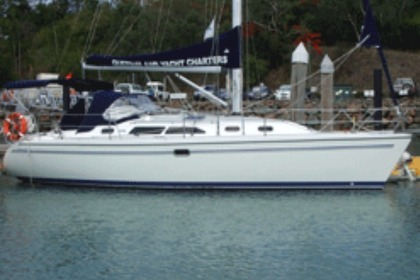Hire Sailboat Catalina Catalina 350 Airlie Beach