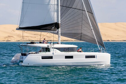 Verhuur Catamaran Lagoon 46 Portisco