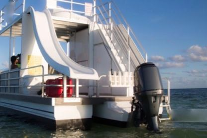 Charter Motorboat Catamaran Cruiser 30 Key West