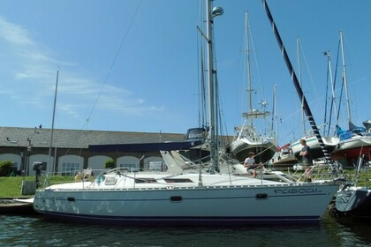 Hire Sailboat Sun Odyssey 36 Brouwershaven
