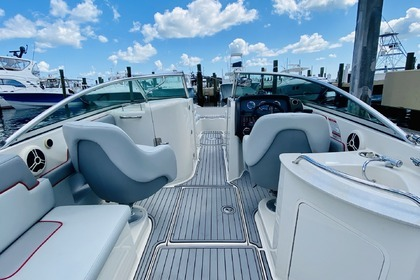 Miete Motorboot Sea Ray Sundeck 260 Miami