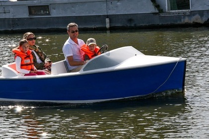 Hire Motorboat Ruban Bleu Metz