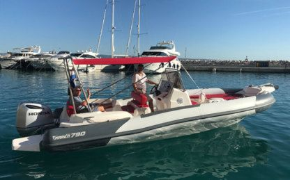 Charter RIB Marlin 790 Dynamic Split