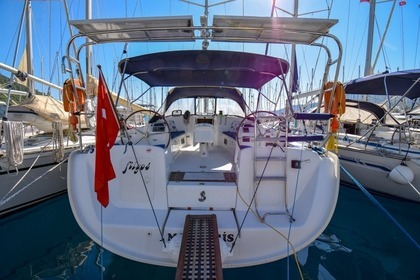 Charter Sailboat BENETEAU CYCLADES 50.5 Marmaris