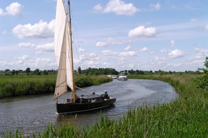 Charter Sailboat Wood Violet Ludham