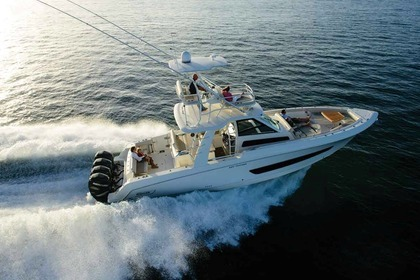 Charter Motorboat BOSTON WHALER 42 Naples