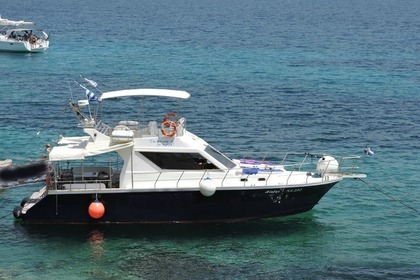 Rental Motorboat Creta Mare 42 ft Paros