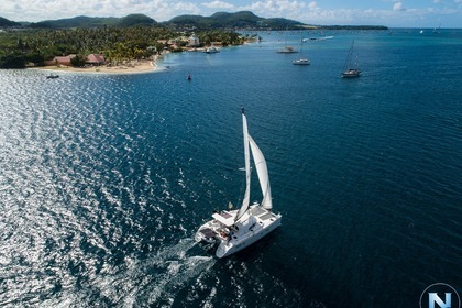 Hire Catamaran LAGOON 380 S2 (neuf) // WIFI Saint Vincent and the Grenadines