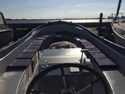 Rental Motorboat Watercraft 8Mxl Breukeleveen