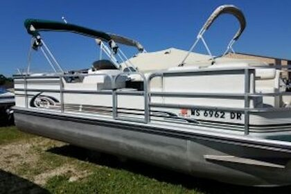 Rental Motorboat Pontoon The Elite Twin Lakes