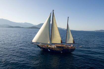 Location Yacht Motorsailer Virgo Thessalonique