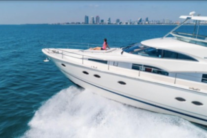 Charter Motor yacht Fairline 64 Miami