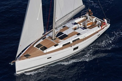 Hire Sailboat HANSE 455 Stockholm