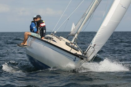 Rental Sailboat Beneteau First 22 Pornichet