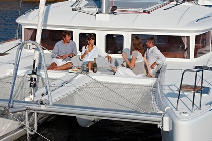 Rental Catamaran Lagoon 450 Flybridge Athens
