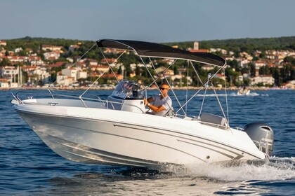 Hire Motorboat Prince 570 Open Malinska