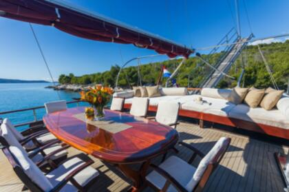Rental Sailing yacht Traditional Gulet Nostra Vita Split