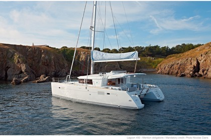 Rental Catamaran Lagoon Lagoon 450 with watermaker & A/C - PLUS Saint Thomas