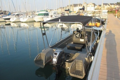 Hire RIB Whaly 500 Arzon