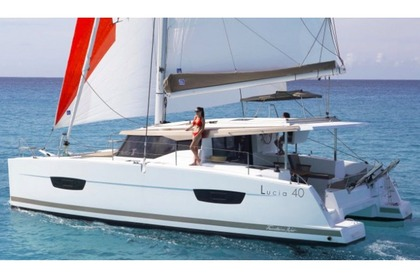 Verhuur Catamaran Fountaine Pajot Lucia 40 Portisco