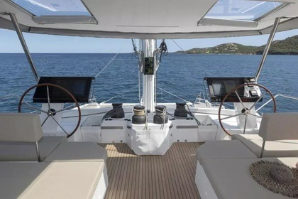 Hire Sailing yacht Fountaine Pajot Alegria 67 Athens