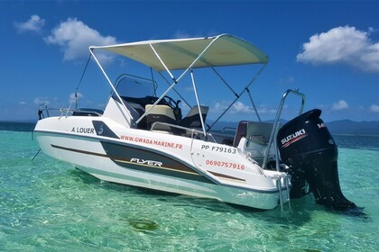 Hire Motorboat BENETEAU Flyer 5.5 Sundeck Le Gosier