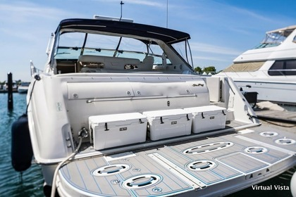 Rental Motorboat Carver 38ft Chicago