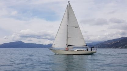 Charter Sailboat Columbia 50 Cagliari