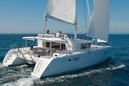 Charter Catamaran Lagoon 450  Flybridge  Laurium