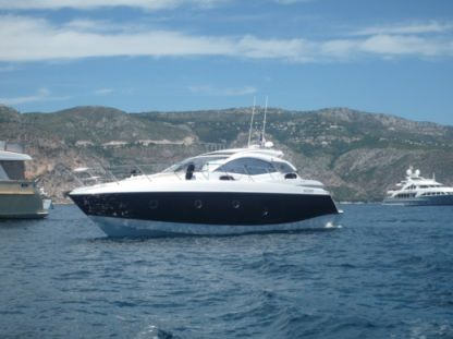 Charter Motorboat Sessa Marine C43 Cannes