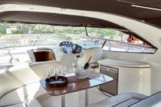 Motorboat Bavaria 37 Sport for hire